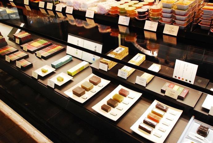 ร้านขนมสไตล์ญี่ปุ่น